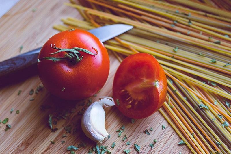 Roasted Tomato and Bacon Pasta